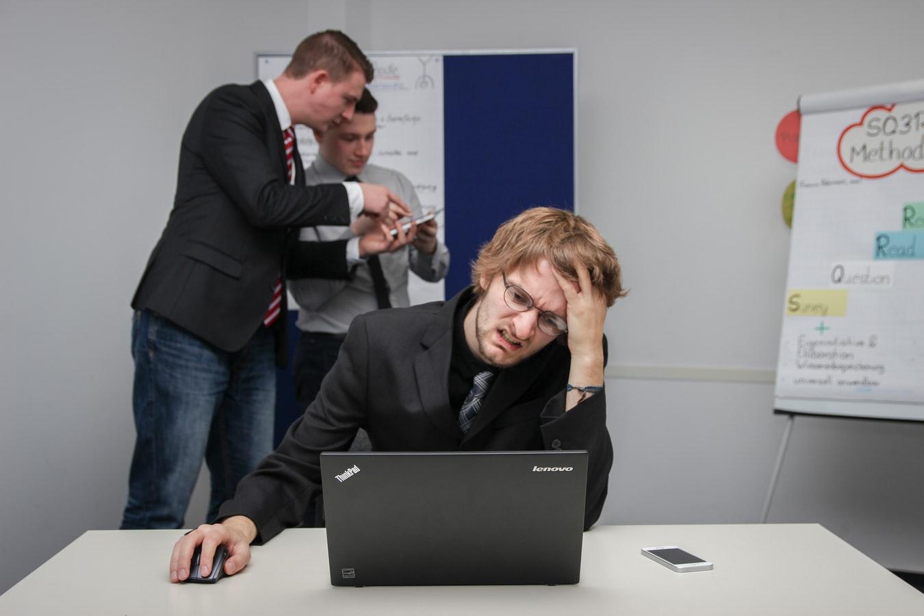 売上を上げる方法~誰でも売れる営業方法を解説!
